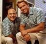 arnold-schwarzenegger-danny-devito-twins-reunite-ftr